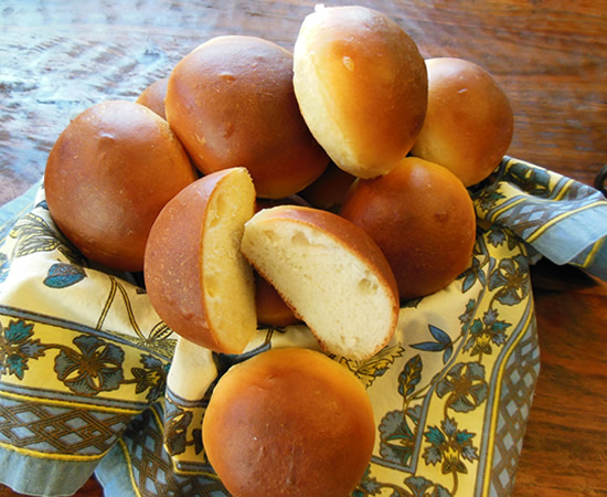 02-18-13-dinner-rolls