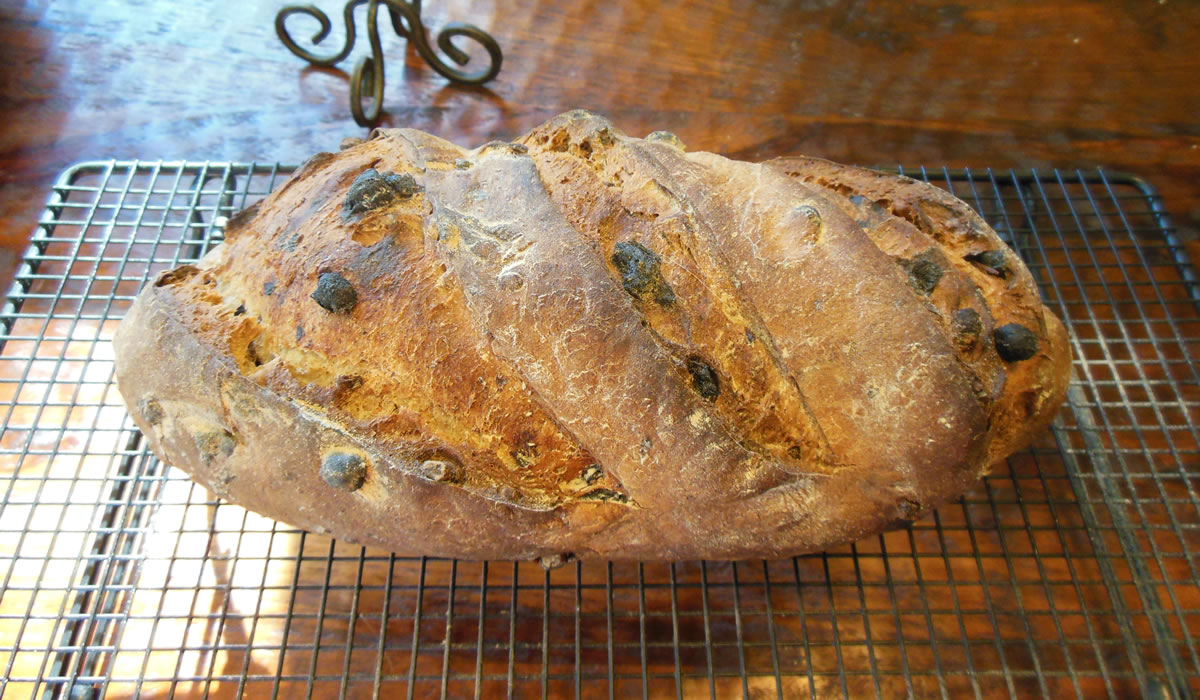 01-29-14-a-walnut-raisin-bread-3