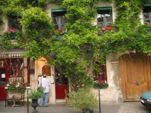 11-23-14-2005-Paris-2