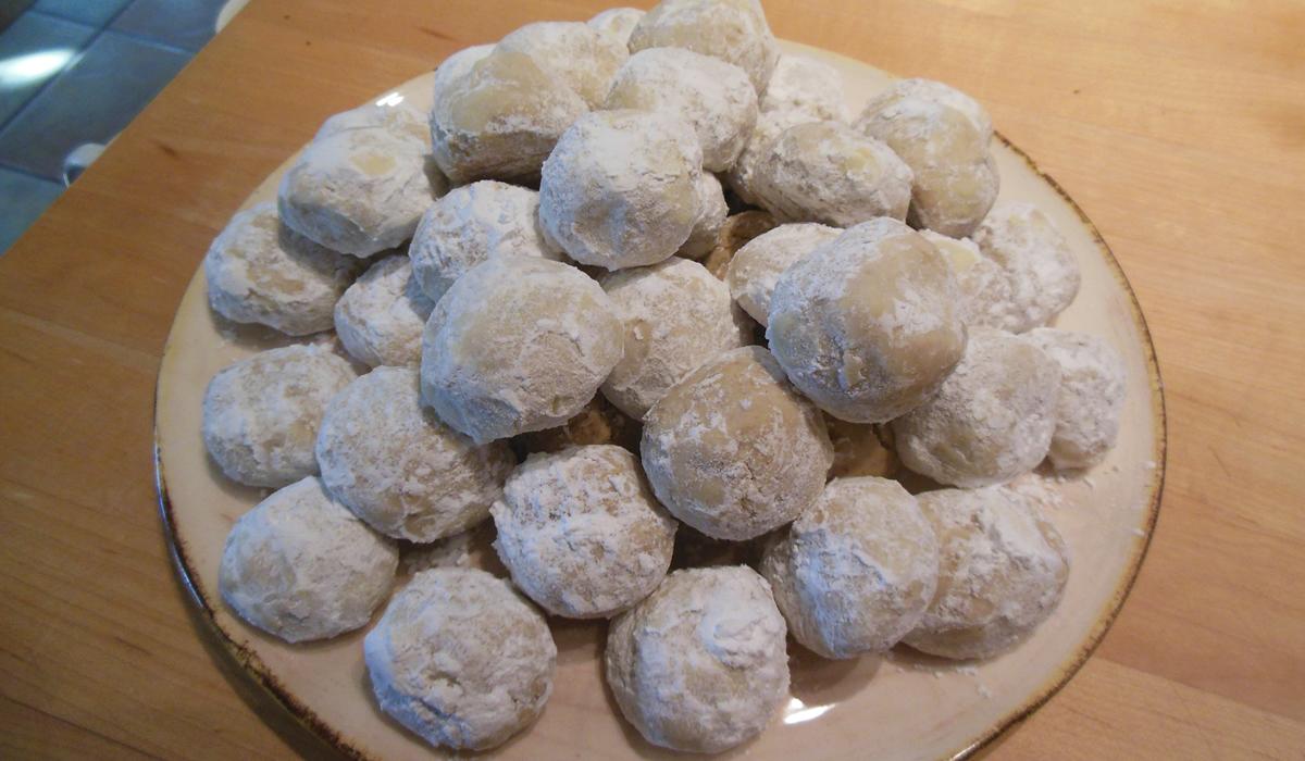01-03-16-greek-walnut-cookies