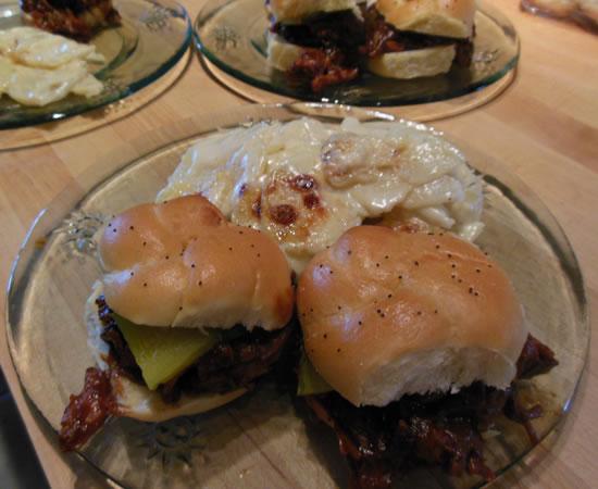 04-13-13-pulled-pork-sandwich