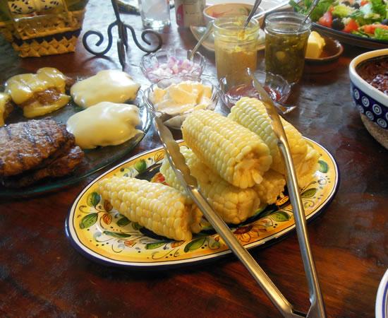 07-04-13-burgers-and-corn