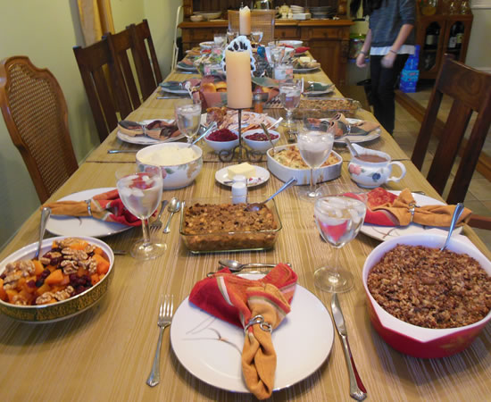 11-28-13-thanksgiving-table-2