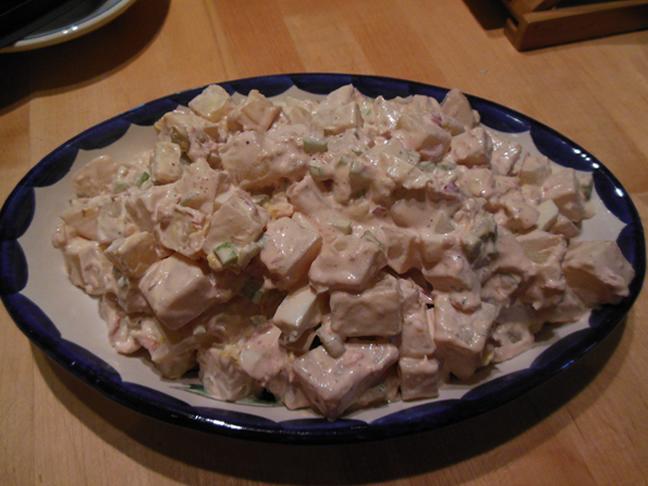 09-01-14-moms-potato-salad
