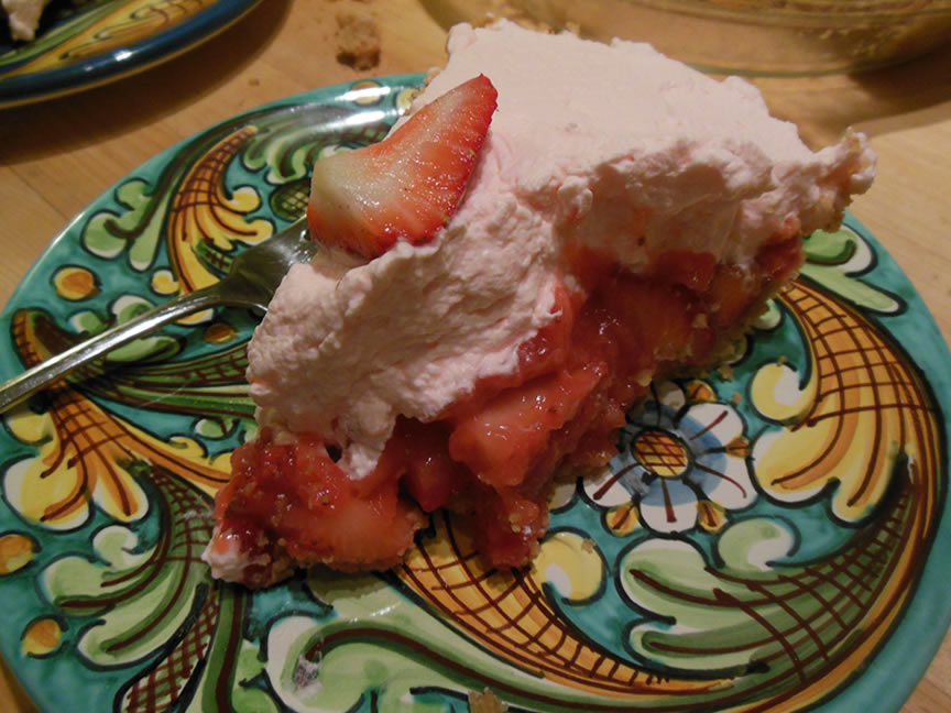 06-01-15-strawberry-pie-3