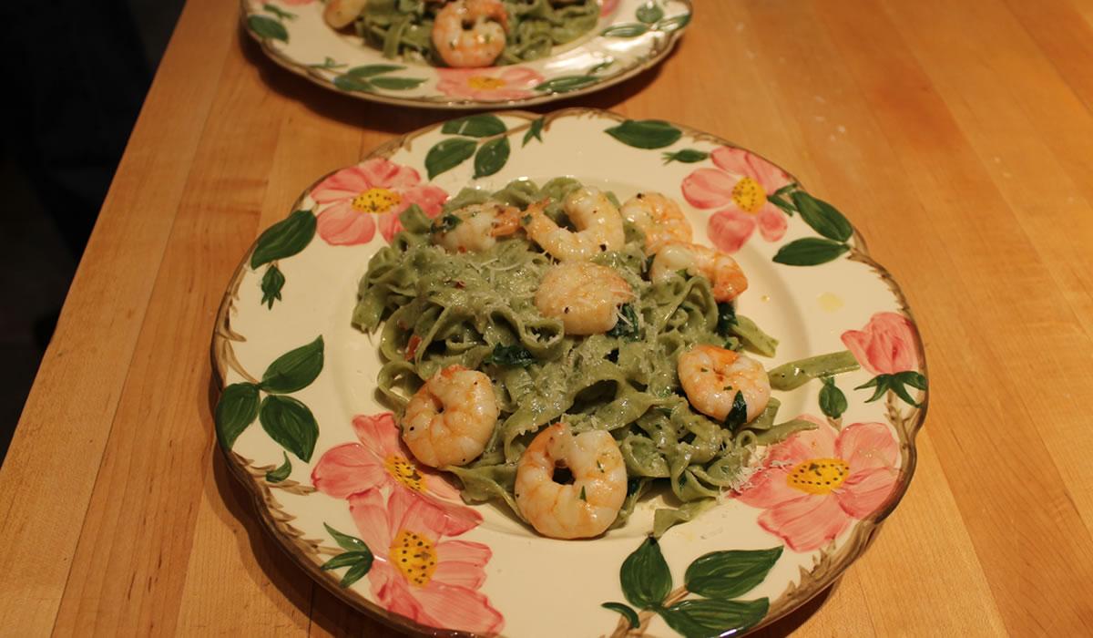 Spinach Linguine and Shrimp