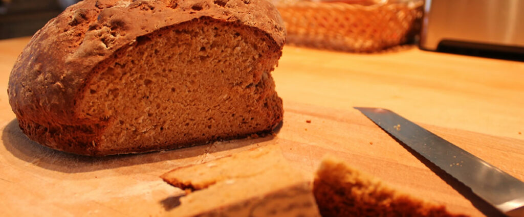 Honey and Oat Loaf with Cayenne